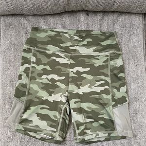 Like new! VS Pink!Camo Biker Shorts WITH POCKETS